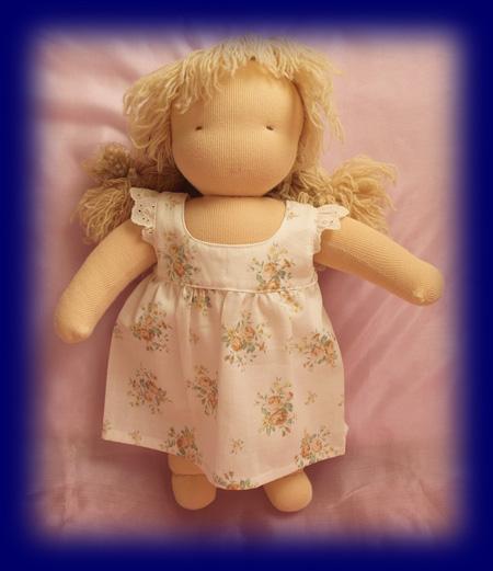 C体用エプロン  ウォルドルフ人形 小物