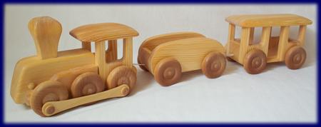 北欧の汽車 車のおもちゃ